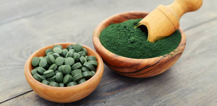 Spirulina for Acne: The Truth Behind the Myths