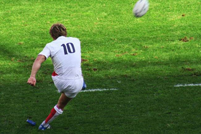7 Health Benefits of  Playing Rugby