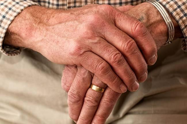 Dementia Myths – True or False?